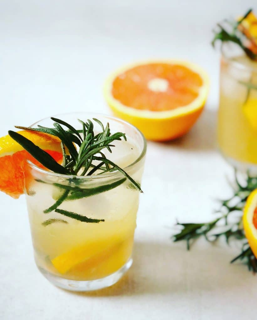 rosemary and cara cara orange kombucha cocktail