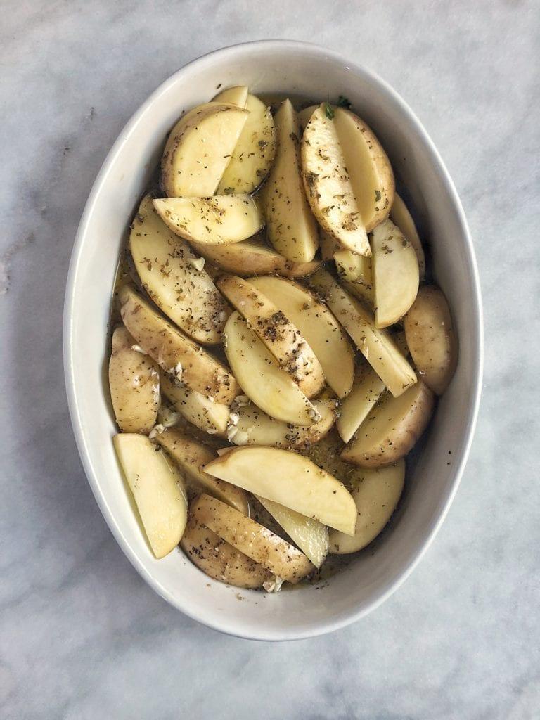 Recipe for slow-roasted lemon potatoes
