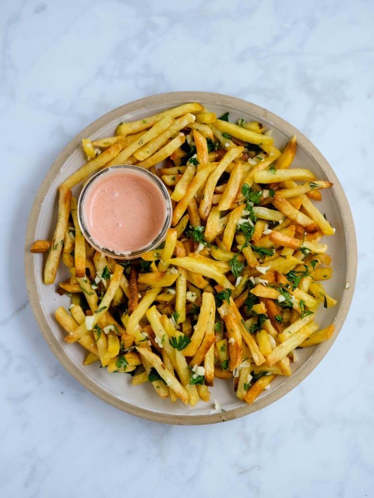 air fryer garlic french fries